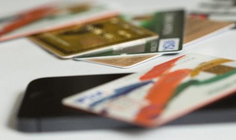 クレジットカード スマートフォン