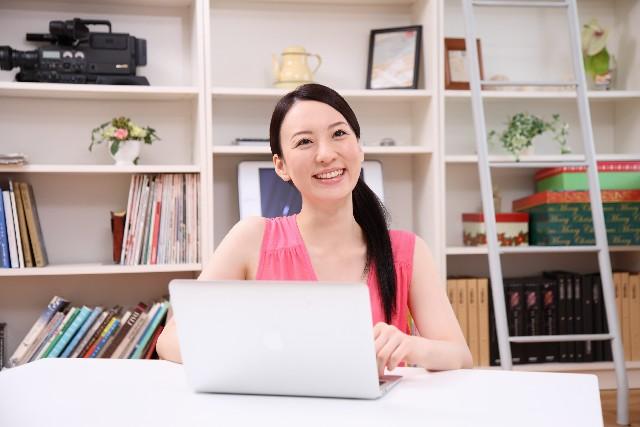 パソコン 女性