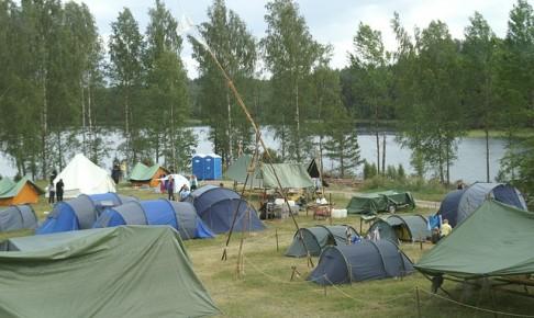 キャンプ レジャー